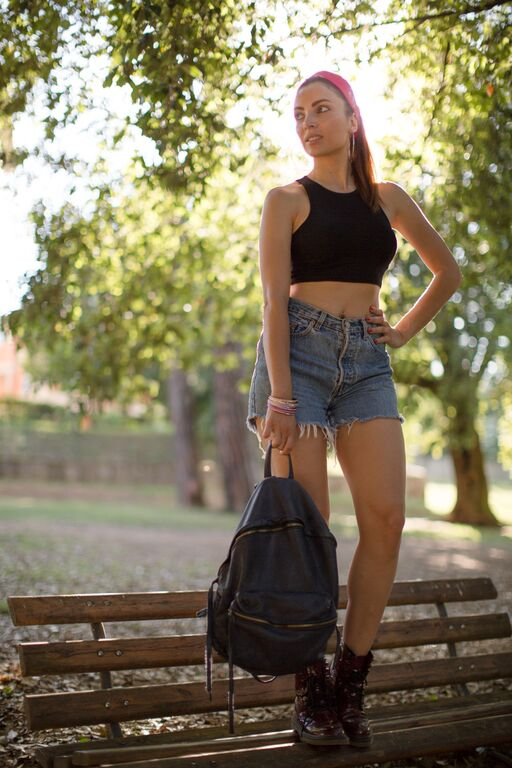 outfit anni 90 crop top